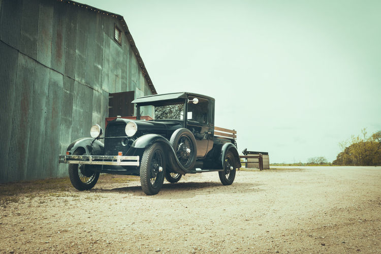 Good ol' times Goodoldtimes Vintage Barn Rural Scene Texas Transportation Abandoned My Best Photo Historic Car History America USA Mode Of Transportation Sky Day Land Vehicle Land Field No People Agriculture Nature Wheel Outdoors Retro Styled Landscape Farm Architecture Vignette Road