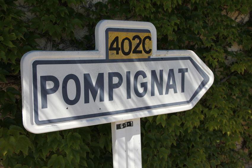 Auvergne L'auvergne Village Panneau Pompignat commune de Châteaugay