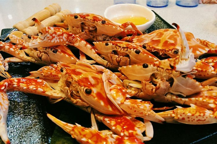 HOW DARE YOU TOUCH US. Enjoying A Meal Seafood Crab