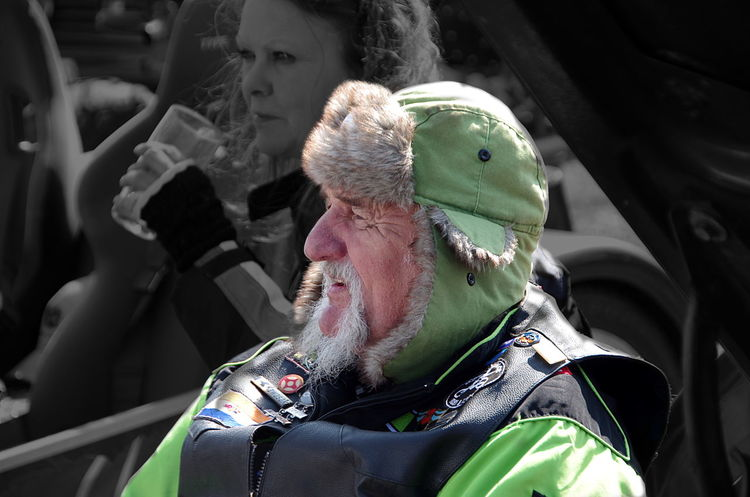 Beard Beardedman Beardedmen Black & White With A Dash Of Color Black & White With Color Close-up Eccentric Eccentric People Eccentric Soul Focus On Foreground Green Green Green!  Male Multi Colored Outdoors