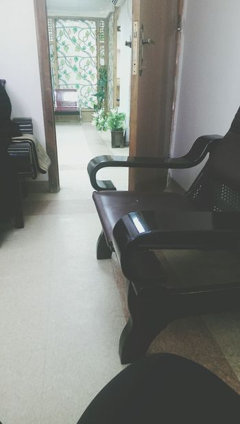 Hello, I've been a long time، I miss you all. I'm now in women waiting room. Teeth Cleaning Dental Clinic Clean Teeth In The Waiting Room