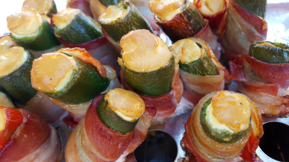 Smoked jalapeno peppers with cream cheese and wrapped in bacon BBQ BBQ Time Cooking Grilling Smoked Bacon Barbecue Close Up Close-up Day Food Food And Drink Freshness Full Frame Grill Grilled Healthy Eating Indoors  Jalapeno No People Ready-to-eat Seafood Vegetable Vegetables Yummy