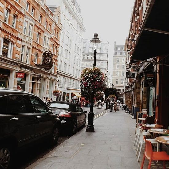 London street Traveling Ig_europe Streetlife Londonlife London_enthusiast Londonstreet Restourant  Thisislondon Building Travel Traveler