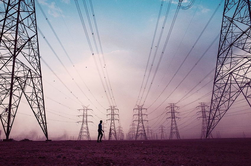 Streetphotography Kuwait Technology Electricity Pylon Full Length Electricity  Cable Silhouette Sunset Fuel And Power Generation Power Line