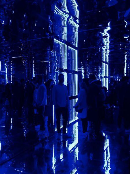 The art room by Bombay Shapphire Great Performance Enjoying Life Nightphotography Night Lights Photooftheday Iphonesia IPhoneography Iphoneonly Iphonephotography TheWeekOnEyeEM Reflections Reflection_collection Bombaysapphire Theartroom Blue Streetphotography Photography Reflection Monochromatic