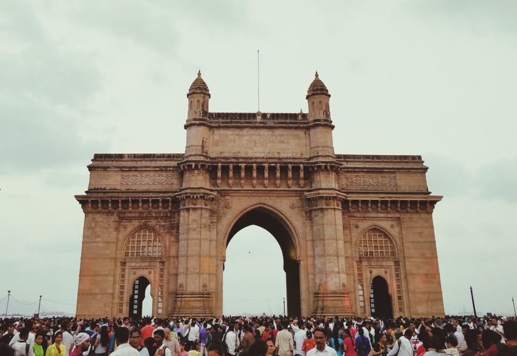 Welcome to INDIA! City Triumphal Arch Crowd History Arch Monument Cultures Sky Architecture Tourist EyeEmNewHere