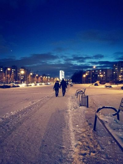 HuaweiP9 Night Sky People Star - Space Vilnius Outdoors Mobilephotography Mobile Photography Couple Walking Around Winter Snow ❄
