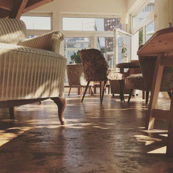 Capture Berlin im Betahaus Furniture Shabby Berlin Betahaus Floor Chairs Coworking Livingroom Startup