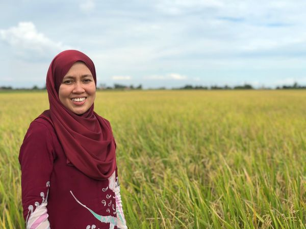 Paddyfield Land Smiling Real People One Person Clothing Women Looking At Camera Portrait Nature Sky Happiness