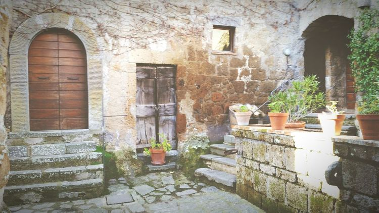 Civitadibagnoregio Civita Di Bagnoregio Civitabagnoregio Popular Photos EyeEm Italy Eye4photography  Italy❤️ Italy Street Photography Streetphoto_color