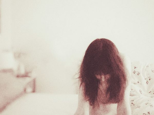 One Person Only Women One Woman Only Adults Only Indoors  Day On My Bed Early Morning Bedhead The Week On EyeEm