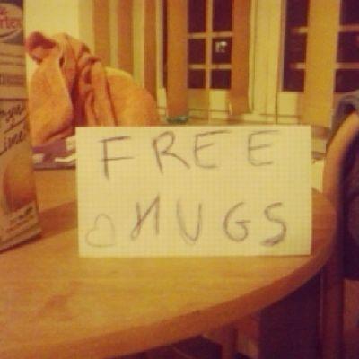 My Takie Zdesperowane Darmowe przytulasy okazja jedna na milion międzynarodowy dzień przytulania free hugs