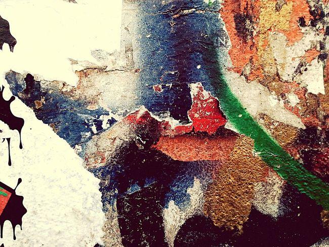 Não me lembro quais são as cores das cores... Olharbh2016 Fotografiaderua Mobilecidade pixo grafite Mobograph Mobgrafiabrasil Mobography Mobografia Projetoxnats Poesíavisual Poesiadasimagens Subjective Subjetivo Poesia Poetry