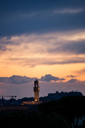 Sky, torre Arnolfo #arnolfo #art #beauty #palazzosignoria #tower #photography Architecture Building Exterior Built Structure Cloud - Sky Day Direction Guidance Lighthouse Nature Outdoors Protection Scenics Silhouette Sky Sunset
