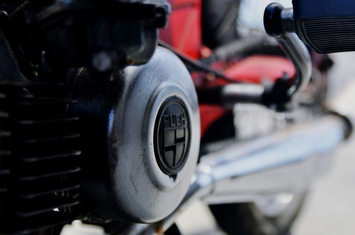 Puch Urban Scooter Motorcycles Details Blur Vintage Streetphotography EyeEm Best Shots The Street Photographer - 2015 EyeEm Awards