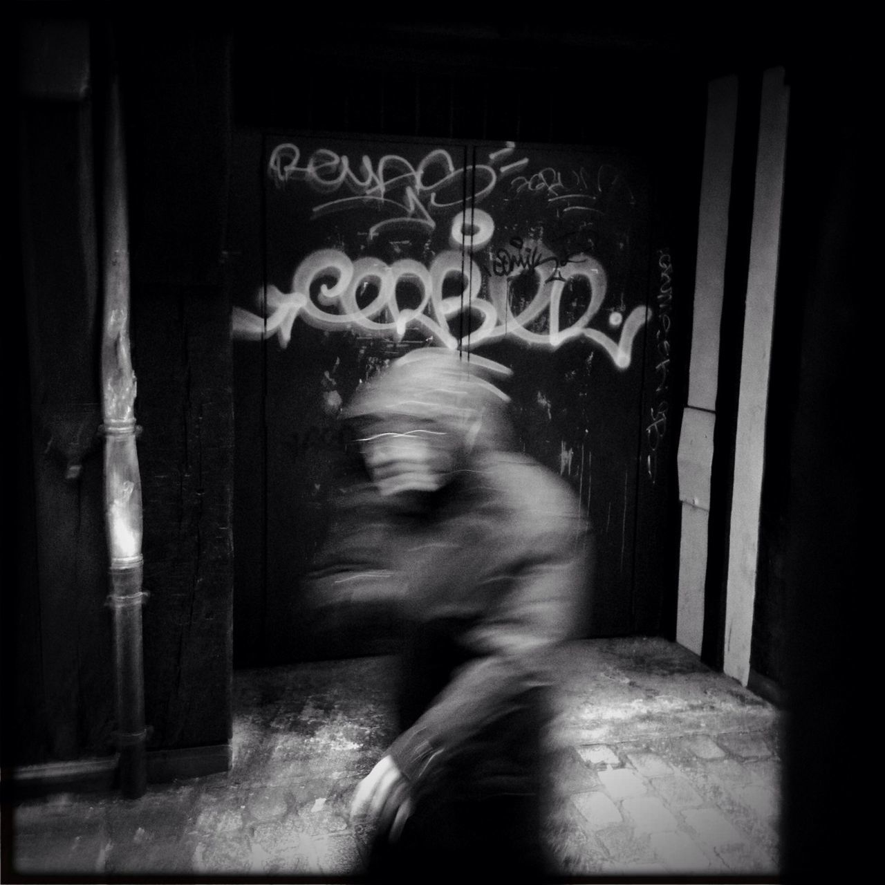 blurred motion, motion, real people, one person, full length, lifestyles, speed, day, indoors, women, architecture, people