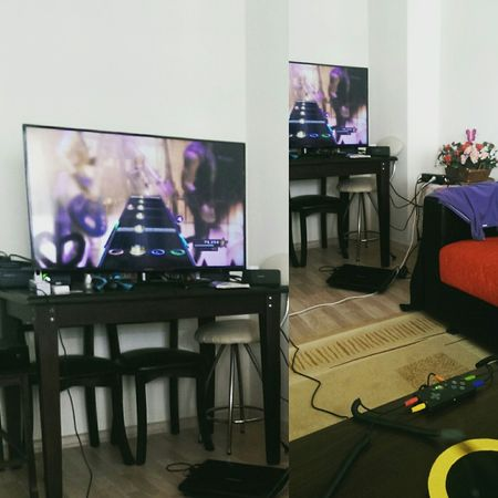 Game Gamer Xbox Guitarhero Playing Hello World Cheese! Enjoying Life Check This Out Taking Photos