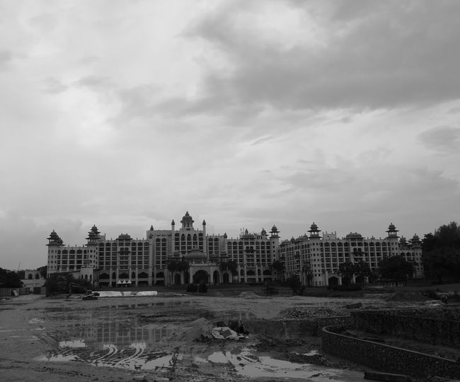Construction in progress Castle Palace Architecture Architecture_bw Black And White Blackandwhite Photography Monochrome Construction Site Construction Photography Architecturephotography Architecture_collection