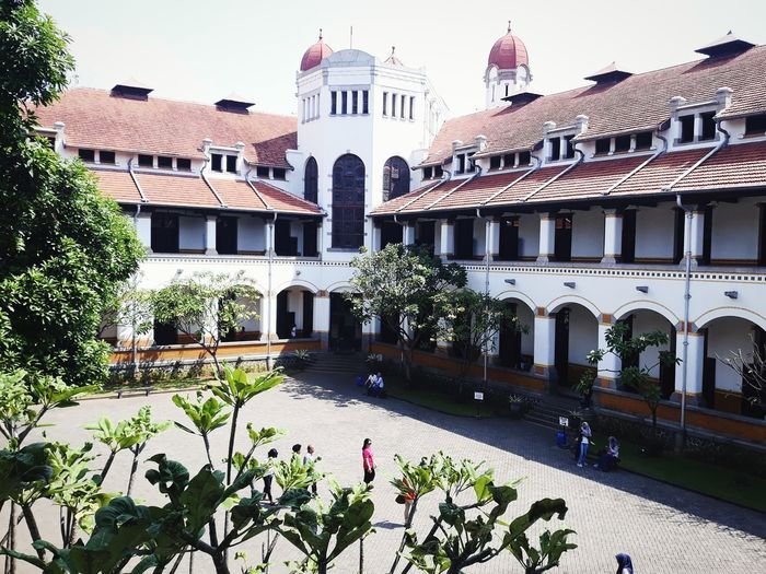 Lawang Sewu Semarang , Indonesia Semarang Central Java Historical Building Historical Place Netherland Building Indonesian Asian  Holiday Wonderful Indonesia Wonderful Place Wonderful Java City Architecture Historic Building Building Exterior Politics And Government Palace Exterior Urban Scene TOWNSCAPE Residential District