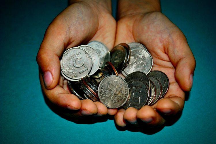 Maneyes Hands Money Money Money Money Money Around The World Moneymoneymoney Money Maker