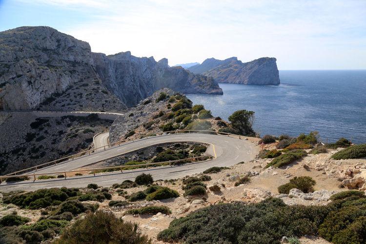 Mediterranean Nature Balearic Islands Roadtrip Cap Formentor Mallorca Mülltrennung Waterscape
