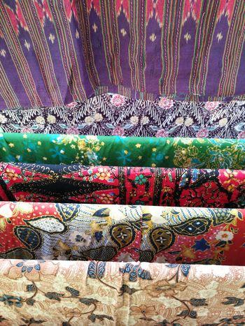 ผ้าปาเต๊ะ ผ้าไทย Thai Fabric Pattern Thai Fabric Pattern Multi Colored No People Full Frame Textile Backgrounds Indoors  Day Close-up