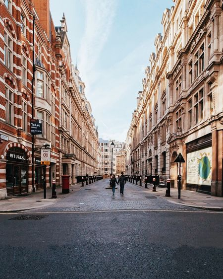 London Street Architecture Building Exterior Street City Adult Real People Couple Streetphotography Street Scene London Urban Urbanphotography Day Road Built Structure Outdoors People