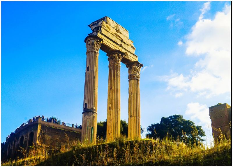 Justclick Kaushalgokarankar'sphotography Travel Photography Outdoors Italy 🇮🇹 Rome Italy🇮🇹 Europe History Architecture Built Structure Travel Destinations Architectural Column Ancient Ancient Civilization