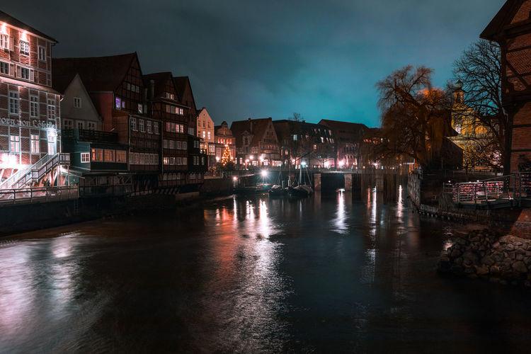 EyeEm Best Shots Illuminated Water Sky Reflection Built Structure Night Nightphotography Long Exposure Historic Urban Skyline
