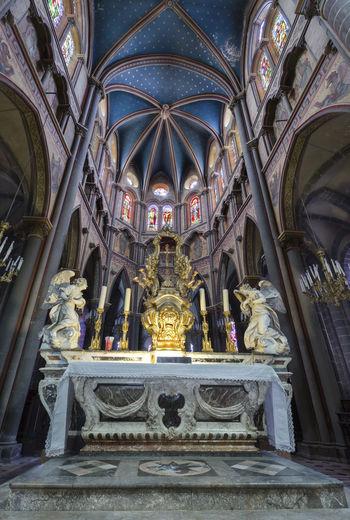Basilica Saint Amable - Riom - Auvergne - France www.facebook.com/auvergneestbelle Cityscape Church Long Exposure City Architecture Architectural Detail Auvergne Riom www.stefoto63.com ©Stefoto63 -L'Auvergne est belle - Photo Non Libre de DroCityscapesapes ch