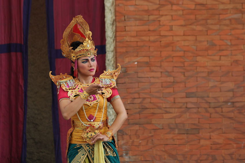 Tari Bali Arts Culture And Entertainment Tradition Traditional Clothing Stage Make-up Performing Arts Event Performance Balinese Dance Balinese Dancing Balinese Traditional Bali Indonesia Balinese Culture Balinese Dancer Bali Art And Culture Balinese Traditional Clothing