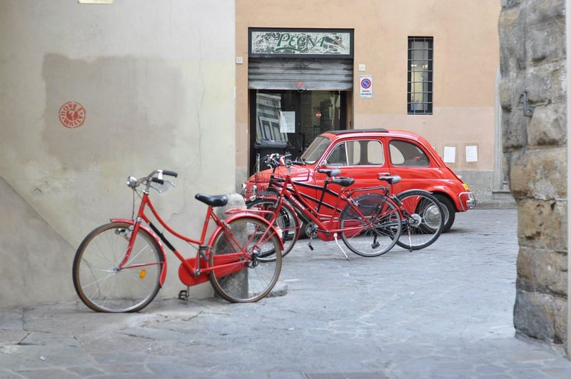Fiat Cinquecento Red Car Red Bicycles Bicycles Città Rossa Bologna, Italy Red EyeEm Selects Mode Of Transportation Bicycle Transportation Land Vehicle Stationary Architecture Città Rossa Bologna, Italy Red EyeEm Selects Mode Of Transportation Bicycle Transportation Land Vehicle Stationary Architecture
