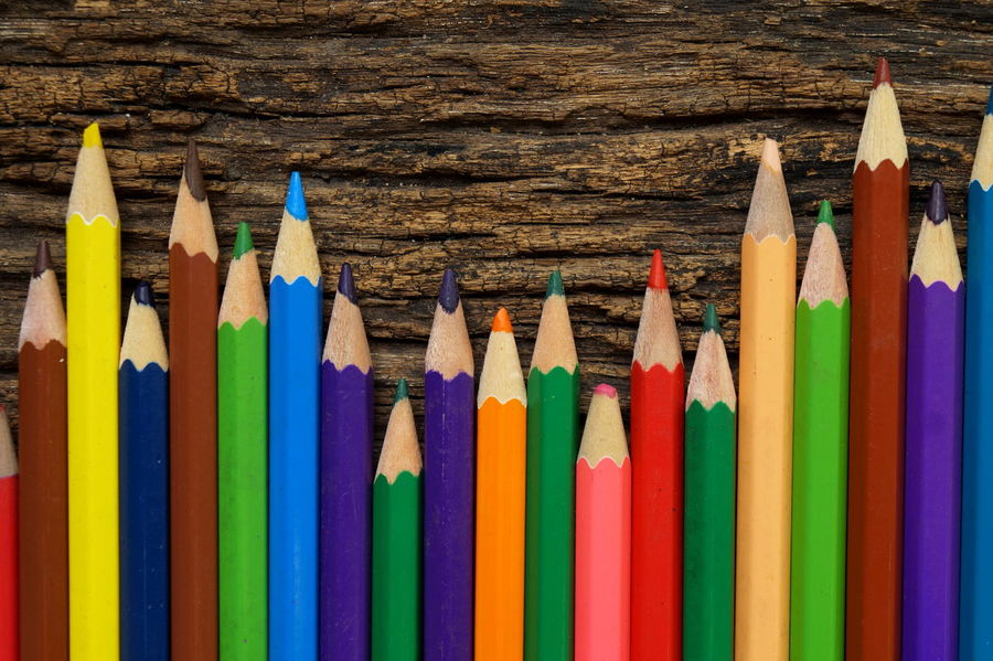 Colors Macro Photography Thailand Photos Background Choice Close-up Color Pencil Art Colored Pencil Day Indoors  Macro_collection Multi Colored No People Pencil Pencil Drawing Thailand_allshots Variation Wood - Material Wood Texture