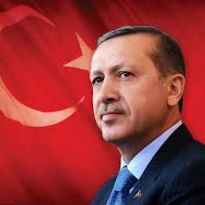 Arkandayız usta!!! Herzaman seninleyiz UZUN ADAM Recep Tayyip Erdogan Büyük usta uzun adam