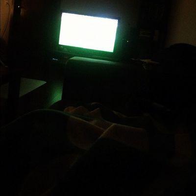 1A Freitag. Kränkelnd auf dem Sofa. Immerhin ein spannendes Spiel. #fcnfra Fcnfra