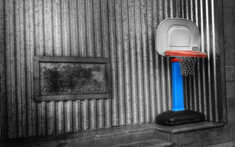 been mia for a while...sorry 😊 Taking Photos Basketball Urbanphotography Colorsplash EyeEm Best Shots EyeEm Best Edits Streetphotography Colorsplash_bw Check This Out Toy