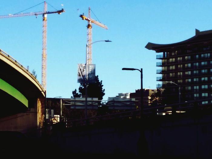 Cranes Old Meets New Sacramento California Builing A City