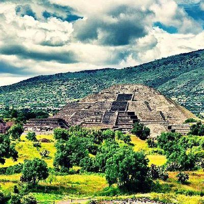 Pirámide de Laluna Teotihuacan Trip Mexico
