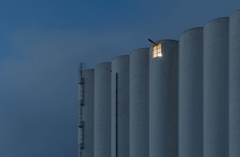 The Window Agriculture Architecture Built Structure Havnesilo Industry Light Low Angle View Night Lights Nikon No People Norge Norgrain Rogaland Silo Sky Stavanger Norway Paint The Town Yellow Capture Tomorrow 17.62°