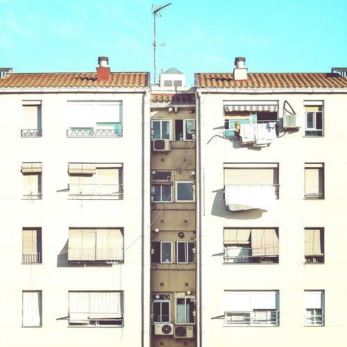 Siamese twins | Hermanos siameses Architecture Windows Straightfacade Enjoying Life