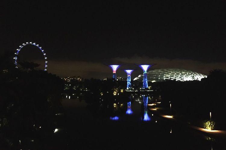 People at night