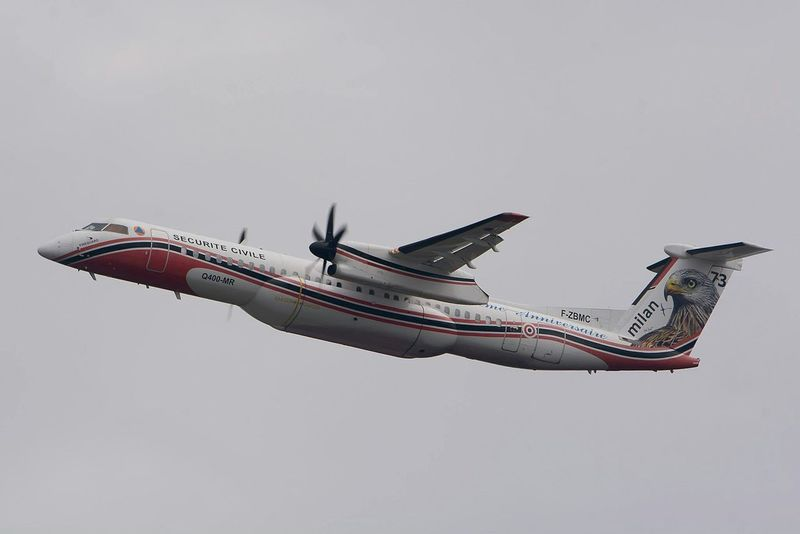 Dash 8 Bombardier Airplane Incendie Bomberos Fireman Forest Feux Photo Around You Pompiers