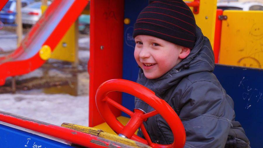Portrait Smiling Nizniy Novgorod Art Photgraphy Photographer VikaK Photography Playground Happıness A Game Child Transportation Outdoors