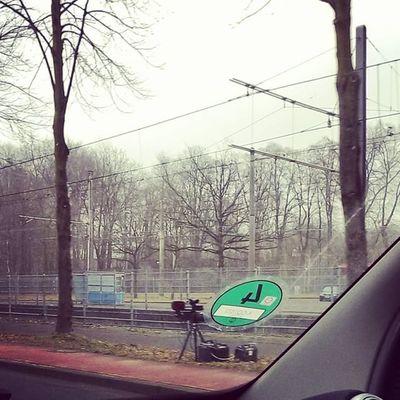 Na, heute wird in und um Köln aber wieder fleißig fotografiert. Kann ich mit der RE aber auch! 😉 Köln AachenerStrasse Müngersdorf REbyHTC HTCRE