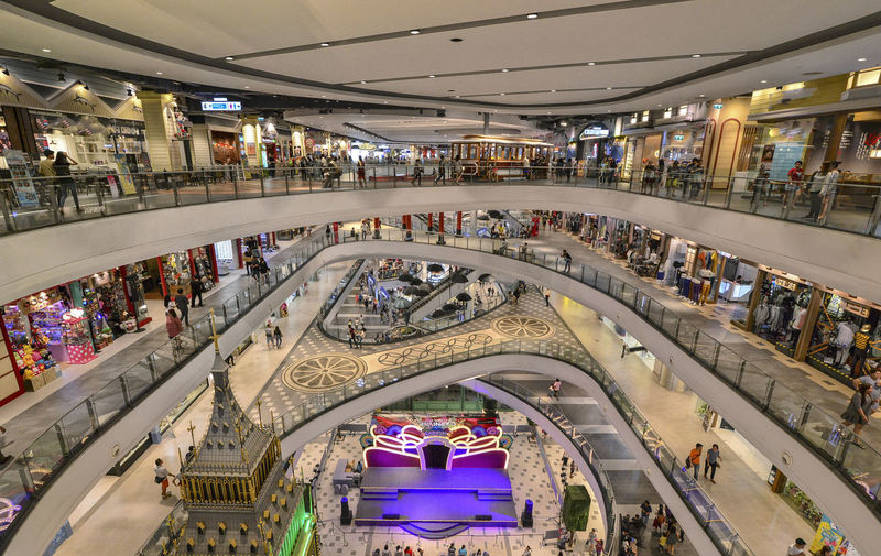traffic in the city Large Group Of People Group Of People Crowd Architecture Built Structure Indoors  Real People Shopping Mall High Angle View Shopping Leisure Activity Lifestyles Men Women Illuminated Ceiling Incidental People Adult Store Consumerism