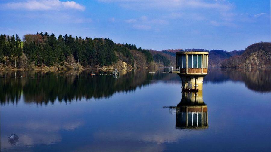 Wahnbachtalsperre Talsperre Wahnbachtalsperre Reflektionen Im Wasser Water Tree Lake Reflection Sky Architecture Standing Water Reflection Lake