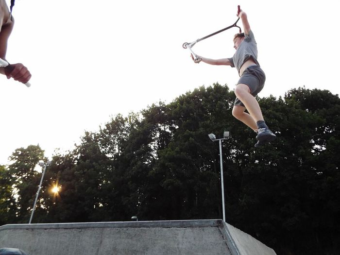 Superman Mid-air Jumping Tree Skill  Sport Agility Outdoors Low Angle View Motion One Person Full Length Competitive Sport People Stunt Day Skatepark Scooter Riding Sommergefühle