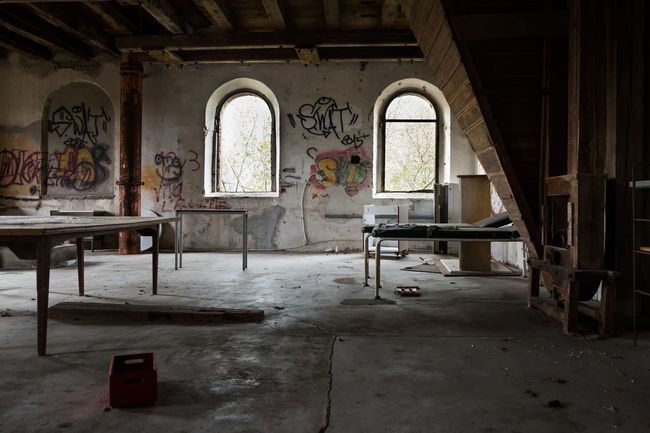 Day Decay Graffiti Indoors  Lost Lostplace Lostplacephotography Lostplacesgermany Nopeople Oldbuilding Photo Photooftheday Photooftheweek Window Art Is Everywhere EyeEmNewHere