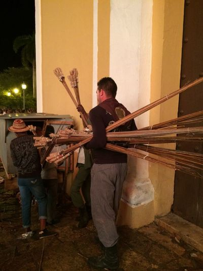 Transportando los fuegos artificiales en la Parranda de Remedios Adult Adults Only Day Fireworks Full Length Indoors  Lifestyles Men Only Men Outdoors People Performance Playing Real People Young Adult