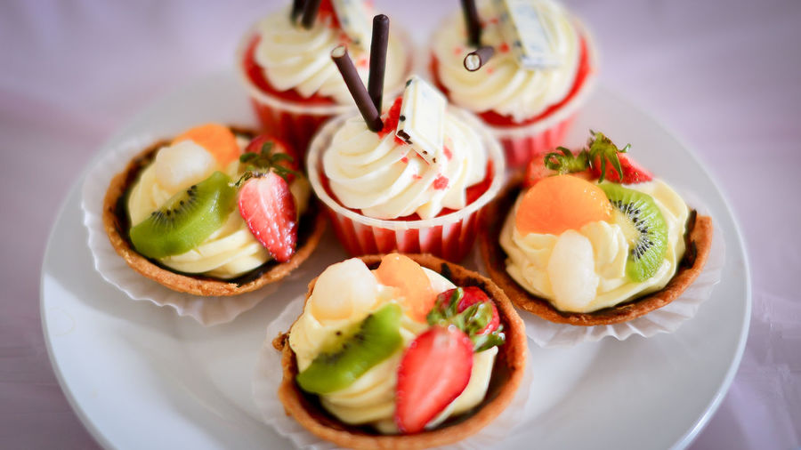 Appetizer Gourmet Dessert Plate Food Styling Bread Close-up Sweet Food Food And Drink